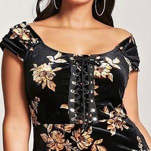 Forever 21 Dresses - 3X 20 FOREVER 21 black VELVET CORSET PEASANT DRESS